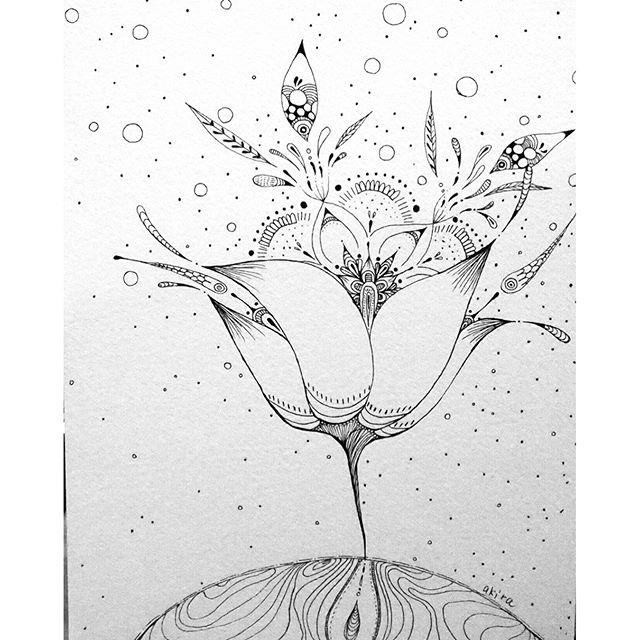 """?@akira9093""""小さな宇宙と大きなお花""""#線画#抽象画"""