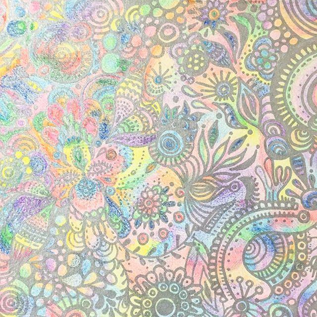 rainbow color.#art#akirart#akira#painter#paint#drow#artist#artwork#happy#job#myart#japaneseartist#japan#山根亮#画家#絵#アート依頼#アート#芸術#描く#作品#想い#届け#日本#線画