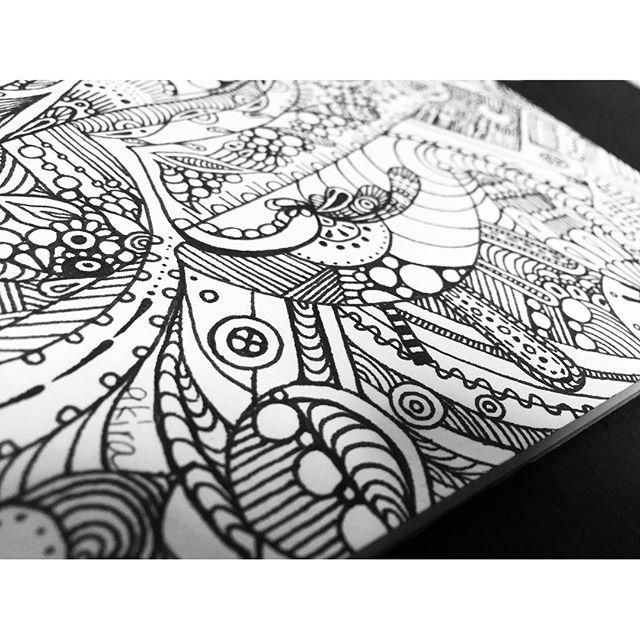 title 創造想像し創造すること楽しさ忘れないで.#art#akirart#akira#painter#paint#drow#artist#artwork#happy#job#myart#japaneseartist#japan#山根亮#画家#絵#アート依頼#アート#芸術#描く#作品#想い#届け#日本#線画