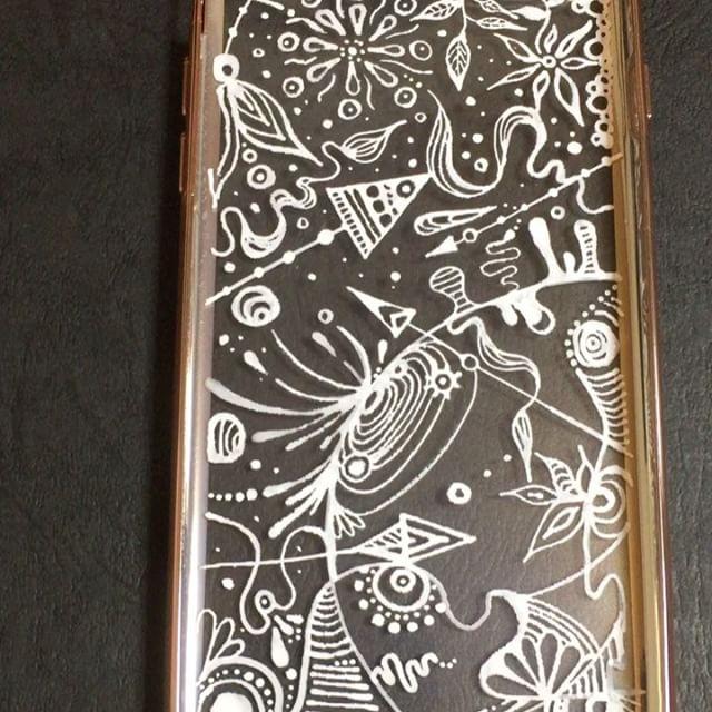 お客様のケース完成♡サイン描き忘れてた。#こんな依頼も受け付けてます#画家です.#art#artist#painter#paint#iphonecase#originalcase#japanesepainter#japan#akirayamane