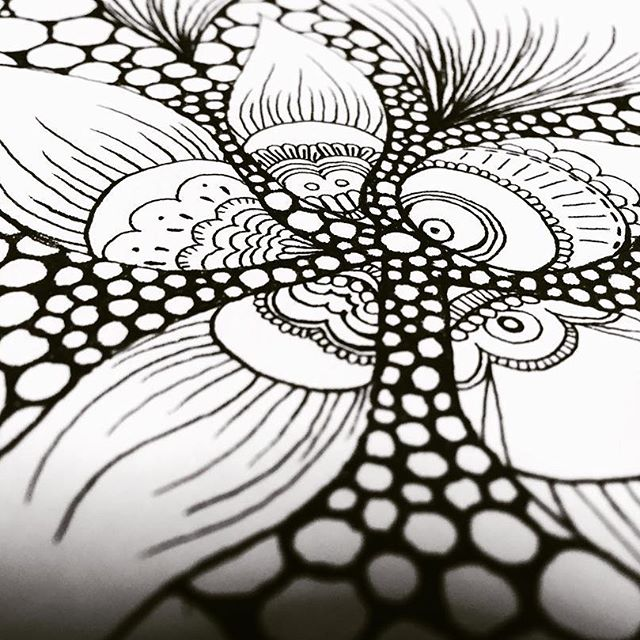 螺旋size postcard¥10.000-.知らないうちに何者かの波にのり形作られる螺旋