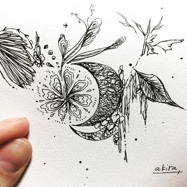 妖精の住む月サイズ、ポストカード18.000円妖精の住んでいる月神秘的なそんな世界を小さな小さな大きな大きな宇宙をここに閉じ込めました..#art#artist#painter#illustration#artworks#fairy#moon#nature#japaneseart#japanesepainter#life#happy#山根亮#アート#絵#線画#画家